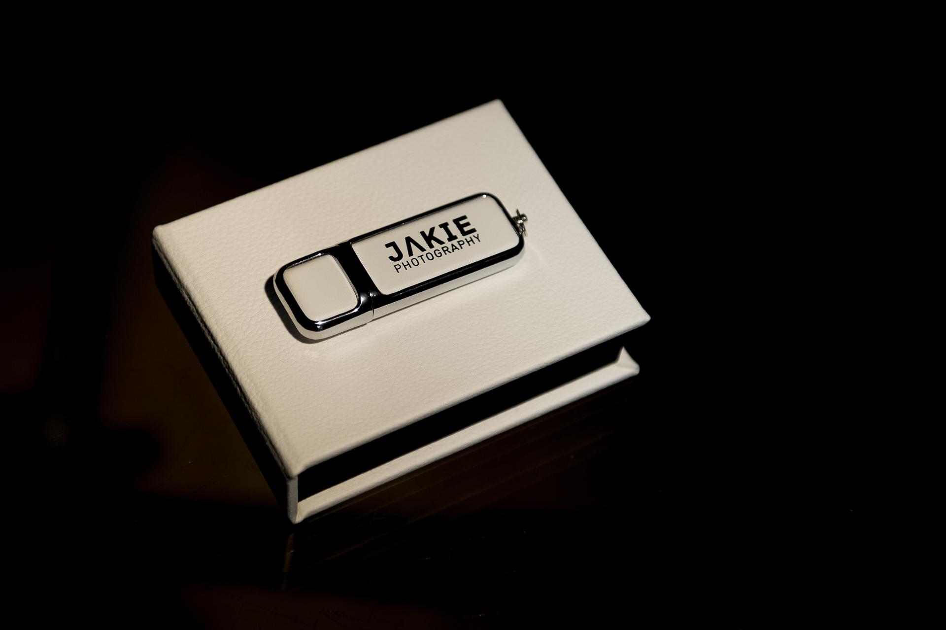 USB Flash and Box