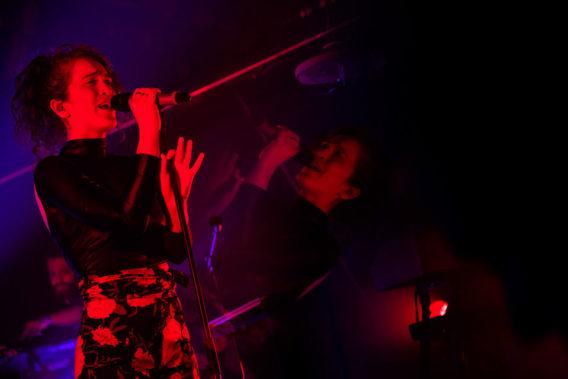 Rae Morris live performance